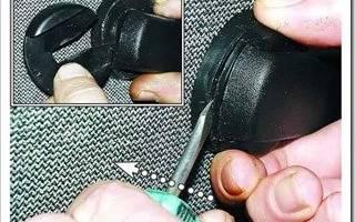 Снять обшивку передней двери ВАЗ 2109