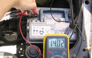 Зарядка аккумулятора автомобиля фото