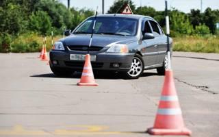 Как понять инструктора по вождению?